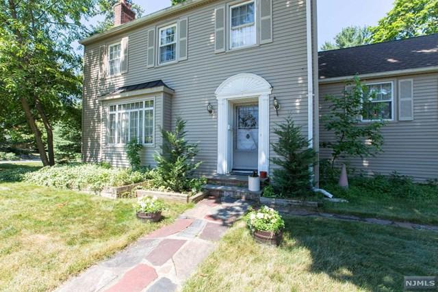 42 Ridge Road, Little Falls, NJ 07424 (#1828842) :: RE/MAX Properties