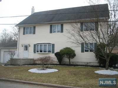 5 Dardale Terrace, Wanaque, NJ 07420 (MLS #1828911) :: William Raveis Baer & McIntosh