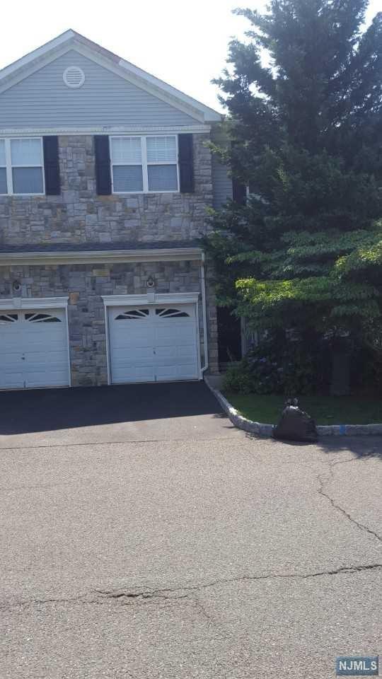 3 Harbor Bay Circle, Old Bridge, NJ 08857 (MLS #1829001) :: Team Francesco/Christie's International Real Estate