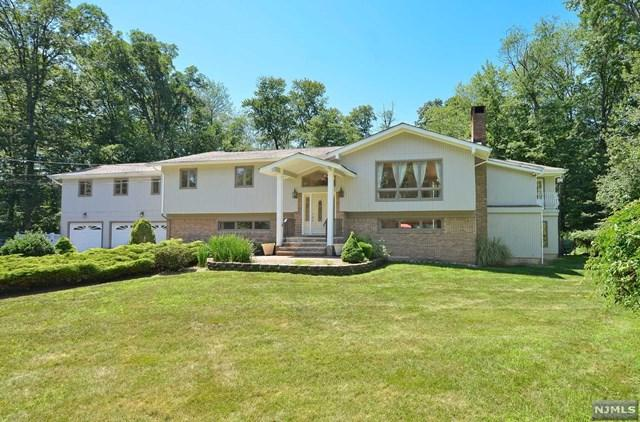 265 Crescent Avenue, Wyckoff, NJ 07481 (#1829074) :: RE/MAX Properties