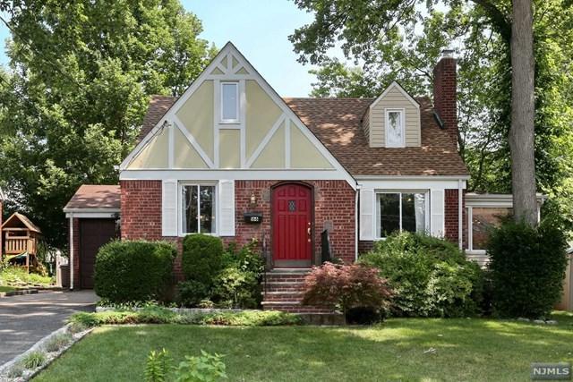 166 Monroe Avenue, River Edge, NJ 07661 (#1829096) :: RE/MAX Properties