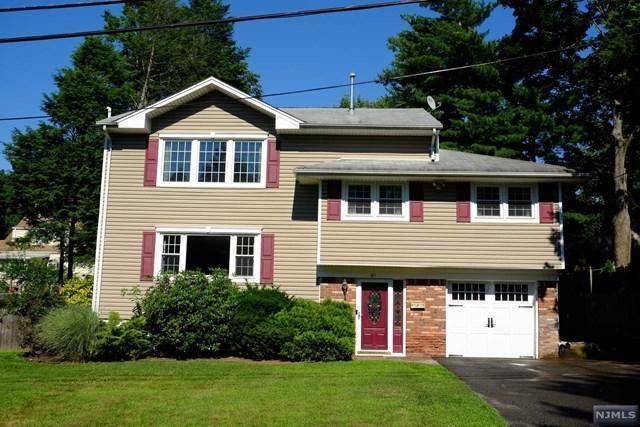 49 Crescent Street, Closter, NJ 07624 (#1829326) :: RE/MAX Properties