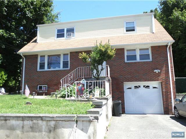 166 Morningside Lane, Palisades Park, NJ 07650 (MLS #1829351) :: William Raveis Baer & McIntosh