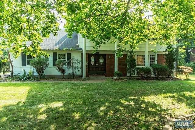 721 Prospect Street, Glen Rock, NJ 07452 (#1829377) :: RE/MAX Properties