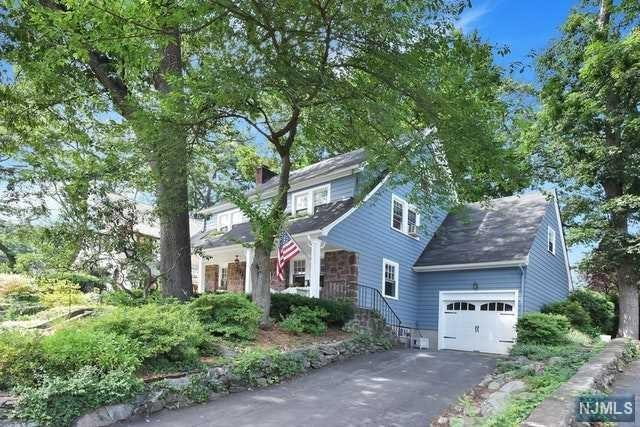 457 Alpine Terrace, Ridgewood, NJ 07450 (#1829438) :: RE/MAX Properties