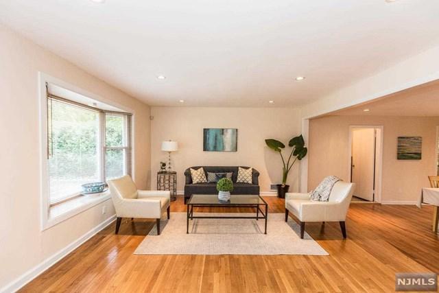 377 Valley Road, River Edge, NJ 07661 (#1829536) :: RE/MAX Properties