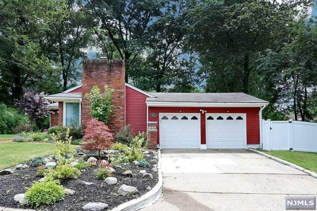 895 Edison Street, Twp Of Washington, NJ 07676 (#1829696) :: RE/MAX Properties