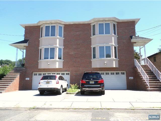 428B 3rd Street, Palisades Park, NJ 07650 (MLS #1829705) :: William Raveis Baer & McIntosh