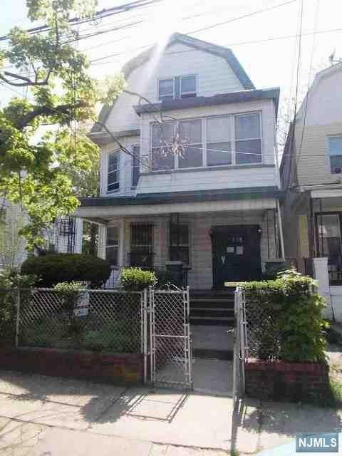 390-392 Seymour Avenue, Newark, NJ 07112 (#1829885) :: Group BK