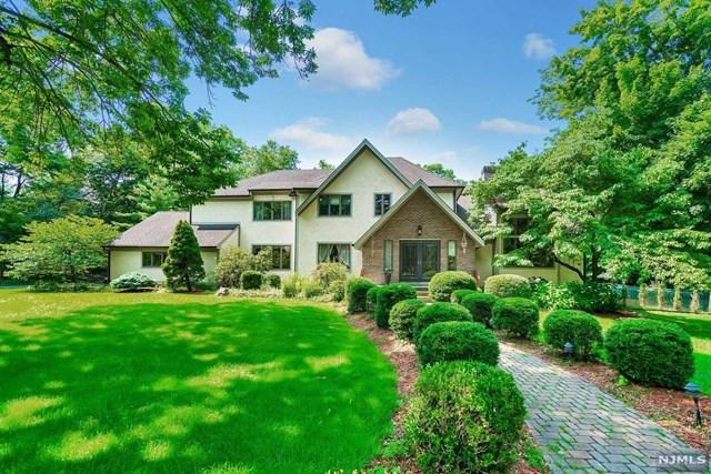 10 Longwood Court, Woodcliff Lake, NJ 07677 (#1829930) :: RE/MAX Properties
