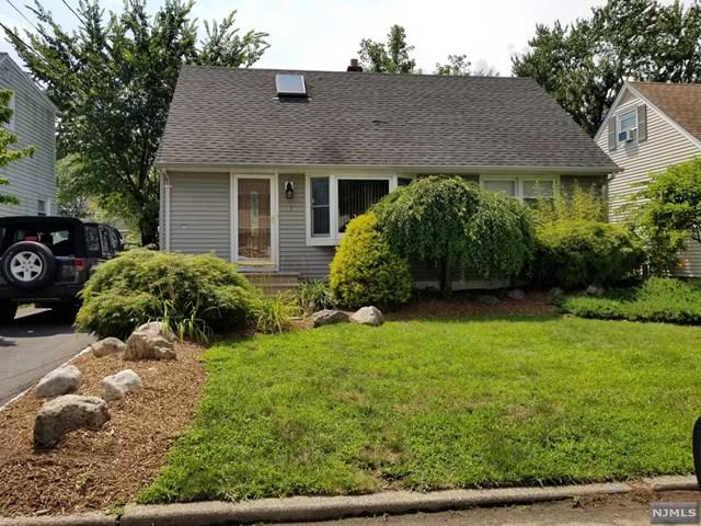 77 Parkway, Little Falls, NJ 07424 (#1829979) :: RE/MAX Properties