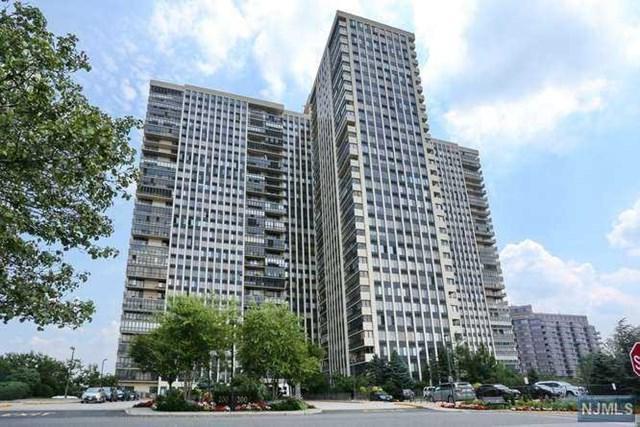 200 Winston Drive #2410, Cliffside Park, NJ 07010 (MLS #1830073) :: William Raveis Baer & McIntosh
