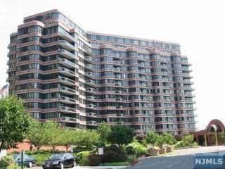 100 Winston Drive 11 EN, Cliffside Park, NJ 07010 (MLS #1830226) :: William Raveis Baer & McIntosh