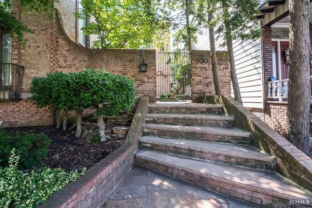 900 Boulevard, Bayonne, NJ 07002 (#1830270) :: Berkshire Hathaway HomeServices Abbott Realtors