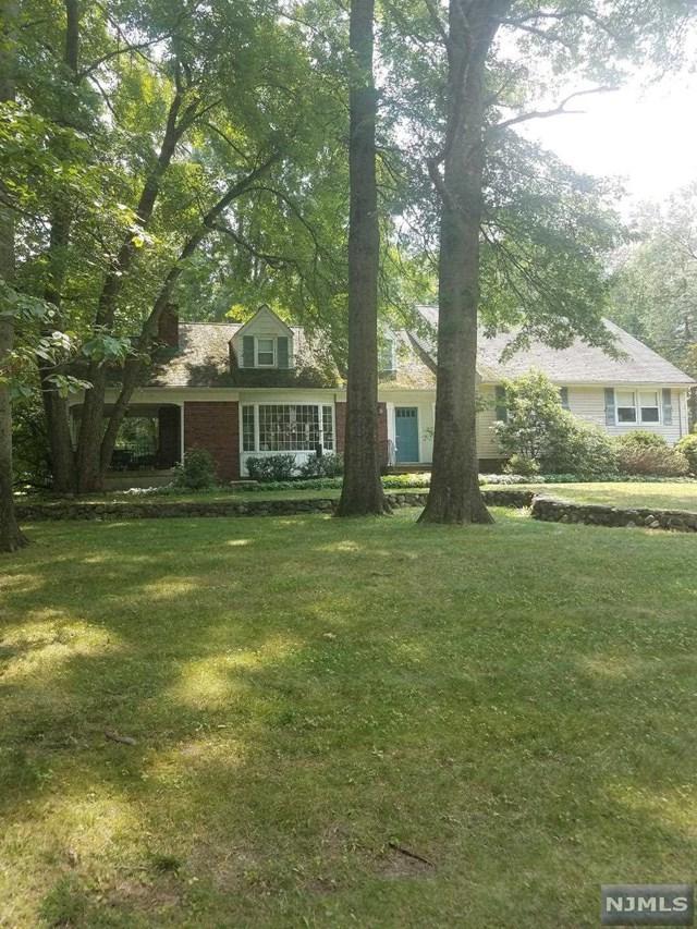 4 Brookview Court, Ho-Ho-Kus, NJ 07423 (#1830352) :: RE/MAX Properties