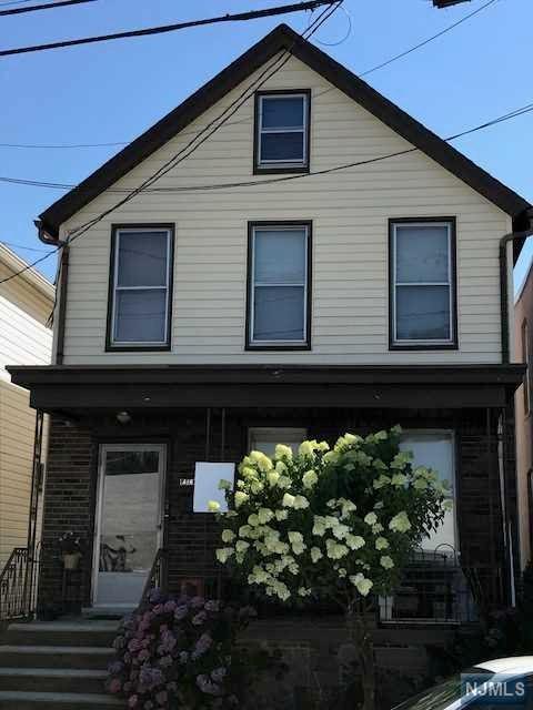 416 Hancock Place, Fairview, NJ 07022 (#1830419) :: RE/MAX Properties