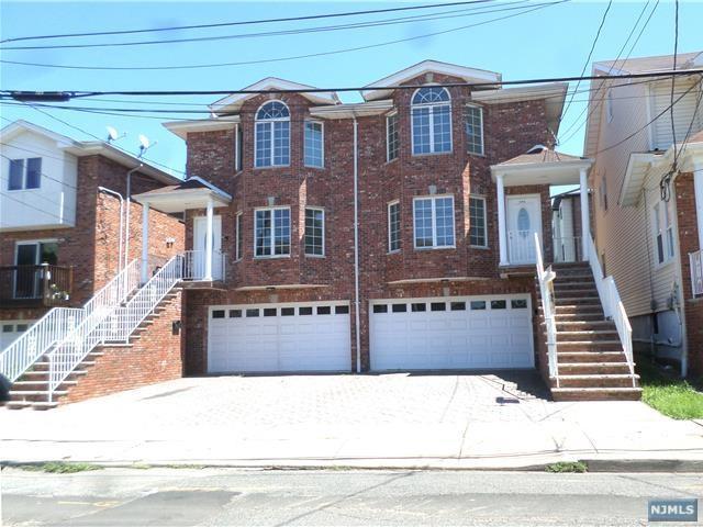 276A 3rd Street A, Palisades Park, NJ 07650 (MLS #1830479) :: William Raveis Baer & McIntosh