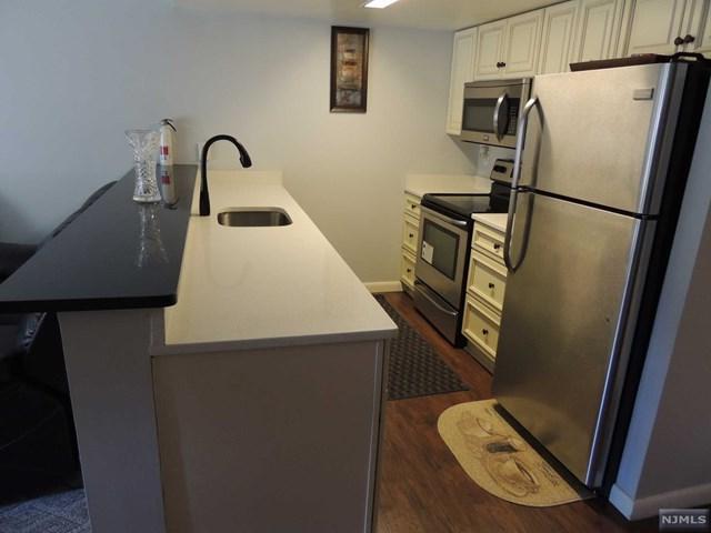 55 Clinton Place #312, Hackensack, NJ 07601 (#1830675) :: RE/MAX Properties