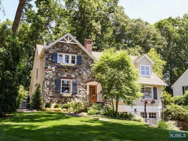 74 Edgewood Drive, Ho-Ho-Kus, NJ 07423 (#1830704) :: RE/MAX Properties