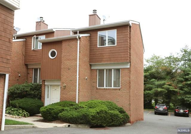 33 Sherwood Court #33, River Edge, NJ 07661 (#1830710) :: RE/MAX Properties