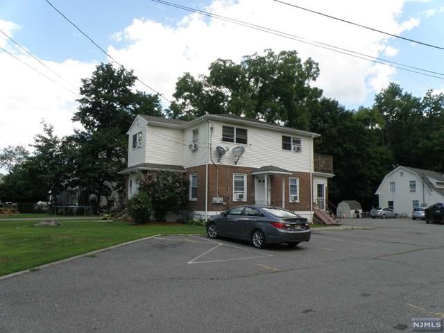 28 Van Dam Avenue, Bloomingdale, NJ 07403 (#1830744) :: RE/MAX Properties