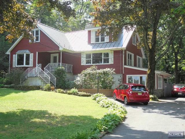 242 Lakeview Drive, Hampton, NJ 07860 (MLS #1831331) :: William Raveis Baer & McIntosh