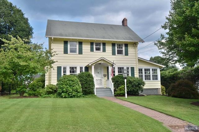 160 Vreeland Avenue, Midland Park, NJ 07432 (#1832221) :: Group BK