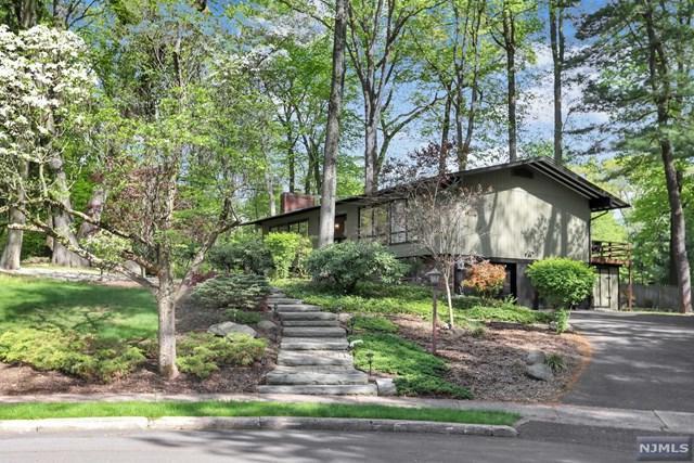 31 Addison Terrace, Old Tappan, NJ 07675 (MLS #1832247) :: William Raveis Baer & McIntosh