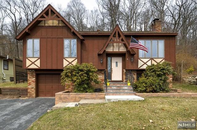 108 Seneca Lake Road, Sparta, NJ 07871 (#1832527) :: Group BK