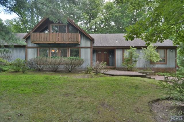56 Knollwood Road, Upper Saddle River, NJ 07458 (MLS #1832924) :: William Raveis Baer & McIntosh