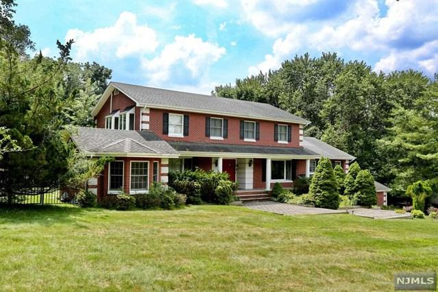 14 Ranch Road, Upper Saddle River, NJ 07458 (MLS #1833050) :: William Raveis Baer & McIntosh