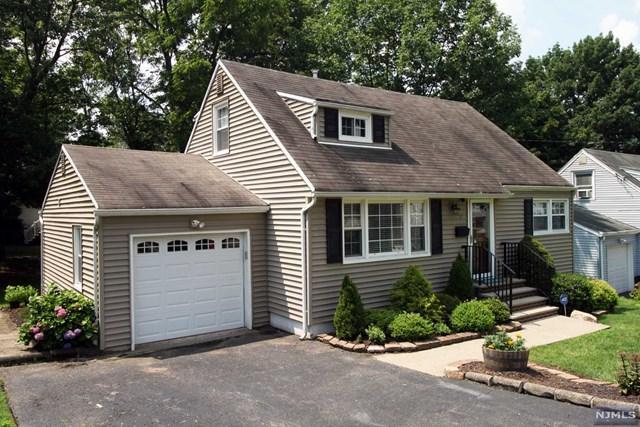 7 Abington Road, West Orange, NJ 07052 (MLS #1833527) :: The Dekanski Home Selling Team