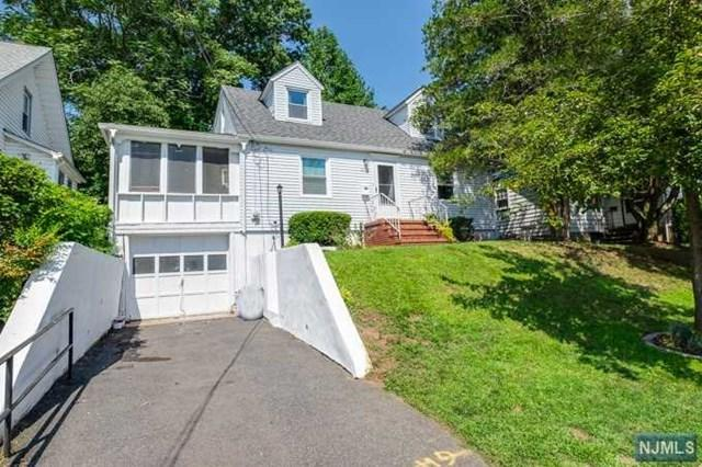 53 Roosevelt Avenue, West Orange, NJ 07052 (MLS #1833531) :: The Dekanski Home Selling Team