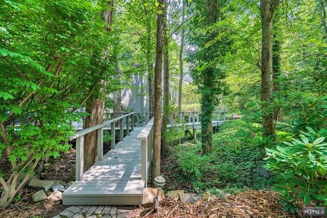 10 Old Saw Mill Road, Alpine, NJ 07620 (MLS #1833562) :: William Raveis Baer & McIntosh