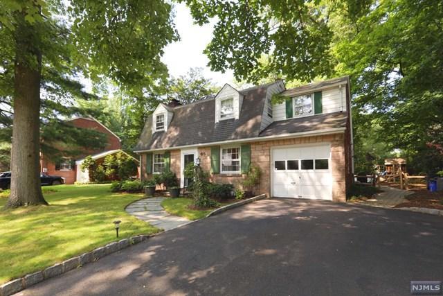 65 Creston Avenue, Tenafly, NJ 07670 (MLS #1833710) :: William Raveis Baer & McIntosh