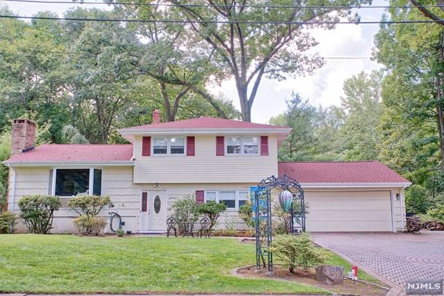 2540 Cleveland Avenue, Twp Of Washington, NJ 07676 (#1833739) :: Group BK