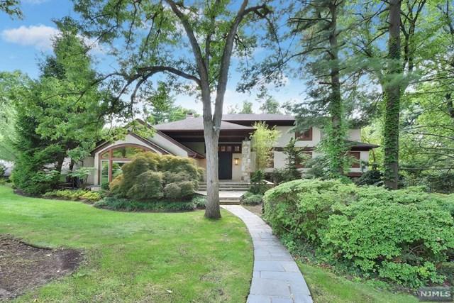 11 Berkeley Drive, Tenafly, NJ 07670 (MLS #1834033) :: William Raveis Baer & McIntosh