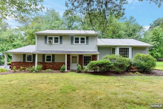 457 James Way, Wyckoff, NJ 07481 (MLS #1834098) :: The Dekanski Home Selling Team