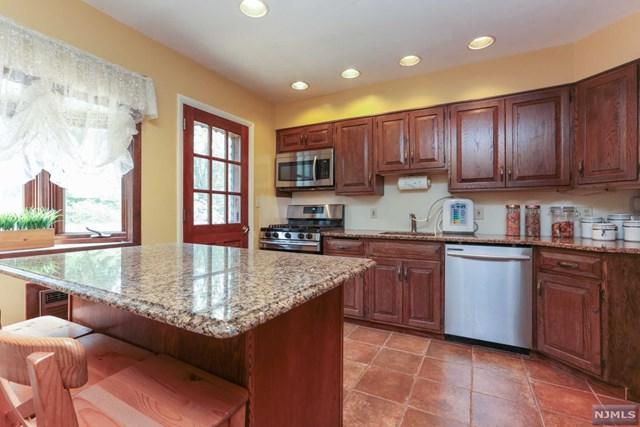 448 Andre Avenue, Northvale, NJ 07647 (MLS #1834206) :: William Raveis Baer & McIntosh