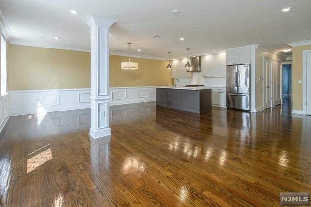 304 Pavonia Avenue #203, Jersey City, NJ 07302 (#1834374) :: Group BK