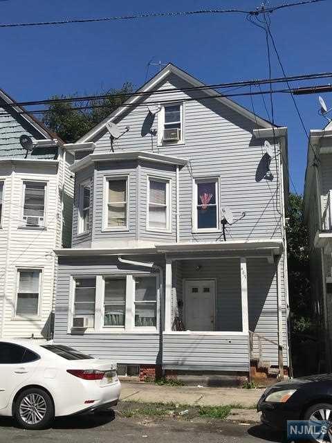 487 E 18th Street, Paterson, NJ 07514 (#1834594) :: Group BK