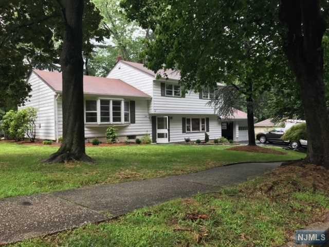 198 Hickory Lane, Closter, NJ 07624 (#1834743) :: Group BK
