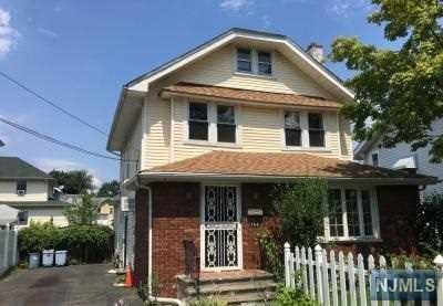 194 Preston Street, Ridgefield Park, NJ 07660 (#1835284) :: Group BK