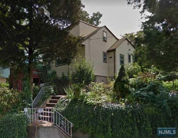 585 Oakdene Avenue, Ridgefield, NJ 07657 (#1836102) :: Group BK