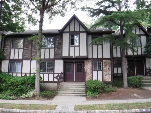 3708 Mark Twain Way, Mahwah, NJ 07430 (#1836362) :: RE/MAX Properties