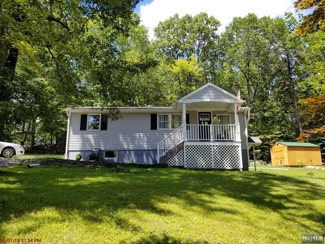 901 Carnation Terrace, Stillwater, NJ 07875 (MLS #1836929) :: William Raveis Baer & McIntosh