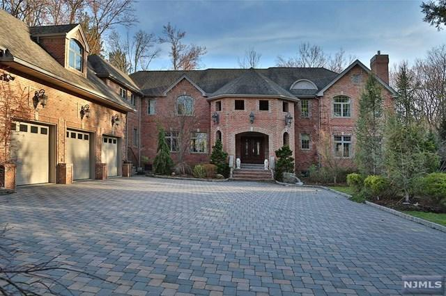 8 Pascack Avenue, Harrington Park, NJ 07640 (MLS #1837993) :: William Raveis Baer & McIntosh