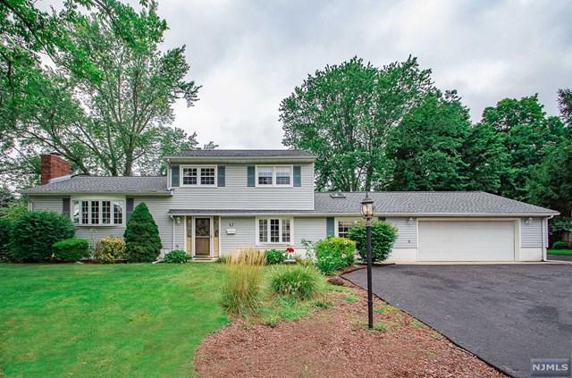 5 Demund Lane, Midland Park, NJ 07432 (MLS #1838228) :: The Dekanski Home Selling Team