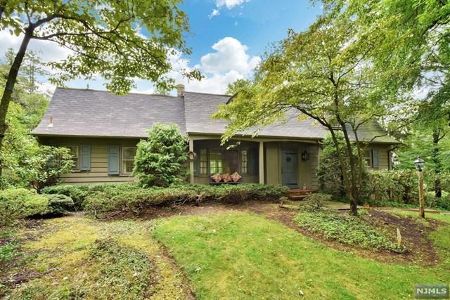 731 Birchwood Drive, Wyckoff, NJ 07481 (#1838523) :: RE/MAX Properties