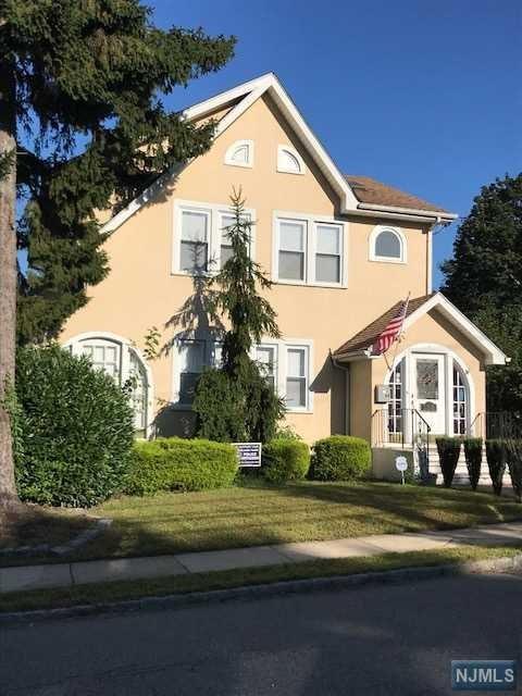 646 Jackson Avenue, Woodland Park, NJ 07424 (MLS #1838649) :: William Raveis Baer & McIntosh